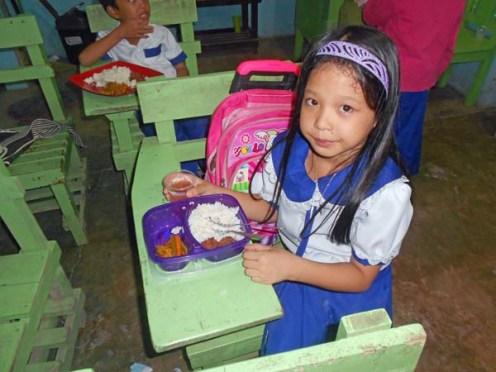 Feeding Program 2017 (7)